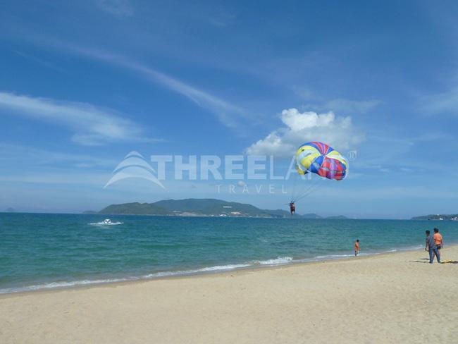 Skydiving in Nha Trang Beach