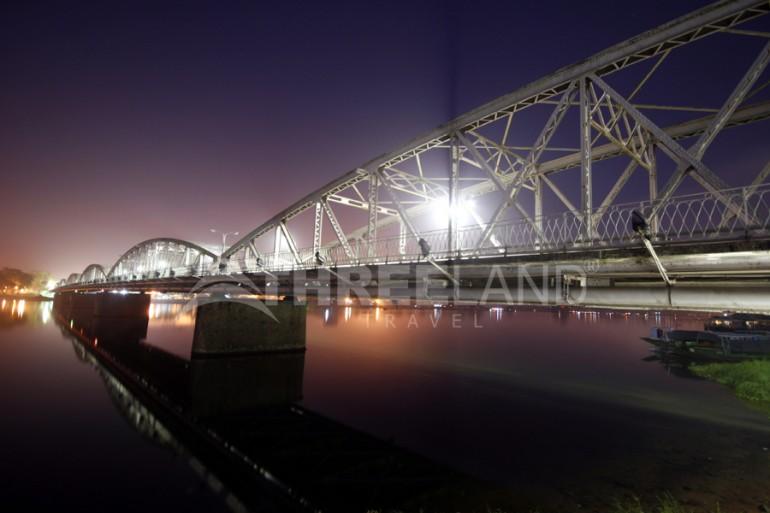 Trang Tien Bridge – Hue