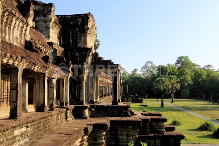 Angkor Wat 3L08
