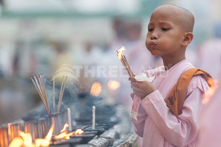 shwedagon myanmar child
